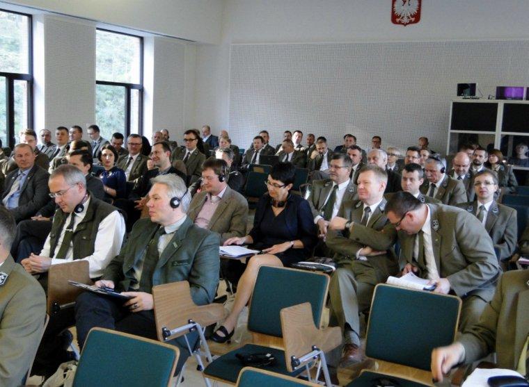 Mędzynarodowa konferencja na temat szacowania i modelowania biomasy w lasach.