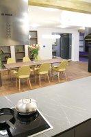 Dom pokazowy: kuchnia i salon