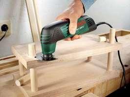 <font color=gray> Usuwanie elementów <br>drewnianych.  Fot.: Bosch</font>