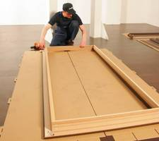 Demontaż futryny drewnianej