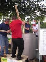 Gotowanie tony rekordowego bigosu myśliwskiego