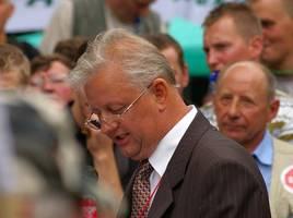 Stanisław Komosa odczytuje Petycję do Premiera
