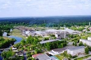 Spółka jest największym zakładem w Piszu i jednym z większych zakładów pracy w północno-wschodniej Polsce