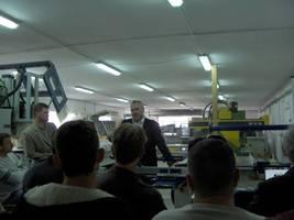 Pan Piotr Wojtczak - właściciel firmy, podczas prelekcji