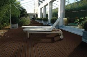 Deski tarasowe Duofuse są wykonane z kompozytu drewno-polimer