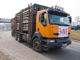 Ładunek 38 m3 drewna obrazował sprzeczny z prawem stan obecny transportu drewna.