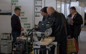 Zainteresowaniem cieszyły się przede wszystkim maszyny i urządzenia wykorzystywane w warsztatach stolarskich