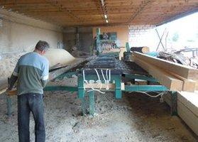 Młody litewski biznesmen rozwija produkcję tarcicy