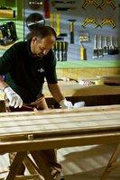 Lakierowanie drewna krok po kroku