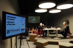 CSW - scenografia Laboratorium Przyszłości RAZEMOSOBNO