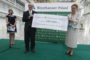 Prezes Weyerhaeuser Company Daniel S. Fulton i Z-ca Prezydenta Gdańska Ewa Kamińska
