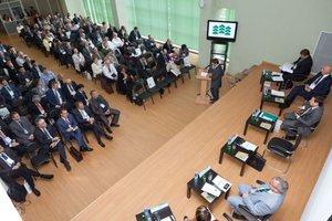 """Międzynarodowe warsztaty """"Technologii przyszłości w leśnictwie"""", które odbywały się w Sankt Petersburgu, zgromadziły prawie 200 uczestników."""