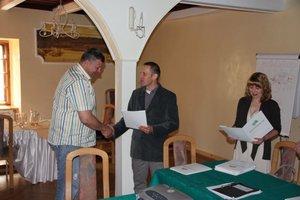 Wręczenie certyfikatów