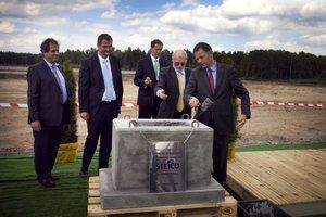 Uroczyste wmurowanie kamienia węgielnego pod nową fabrykę STEICO w Czarnej Wodzie