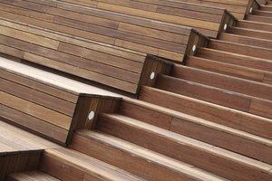 Jak skutecznie zabezpieczyć drewniany taras i meble ogrodowe?