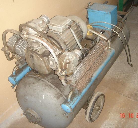Kompresor Sprężarka Tłokowy