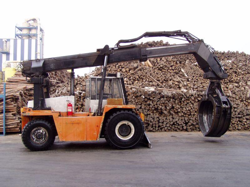 wózek do rozłądunku drewna Valmet KTD 810