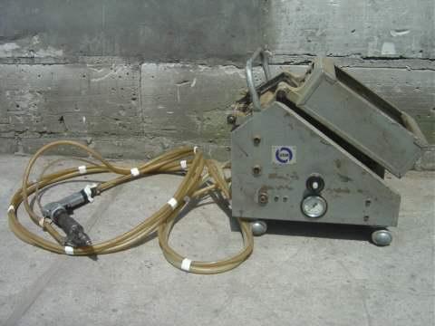 Automat do wkręcania śrub i wkrętów
