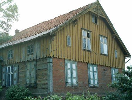 Sprzedam stary dom drewniany do przeniesienia