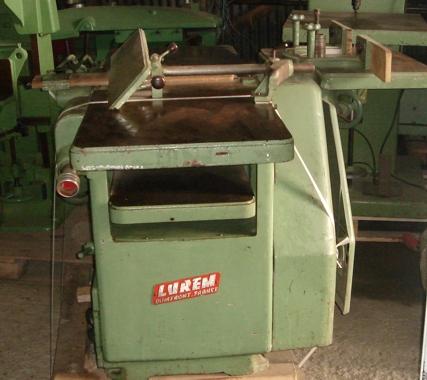Maszyna wielofunkcyjna wyr-grub, frez, wiert