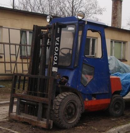Wózek widłowy TOYOTA 3,5 T