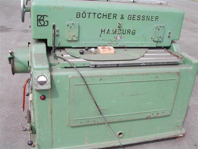 Szlifierka szerokotaśmowa firmy Böttcher & Gessner
