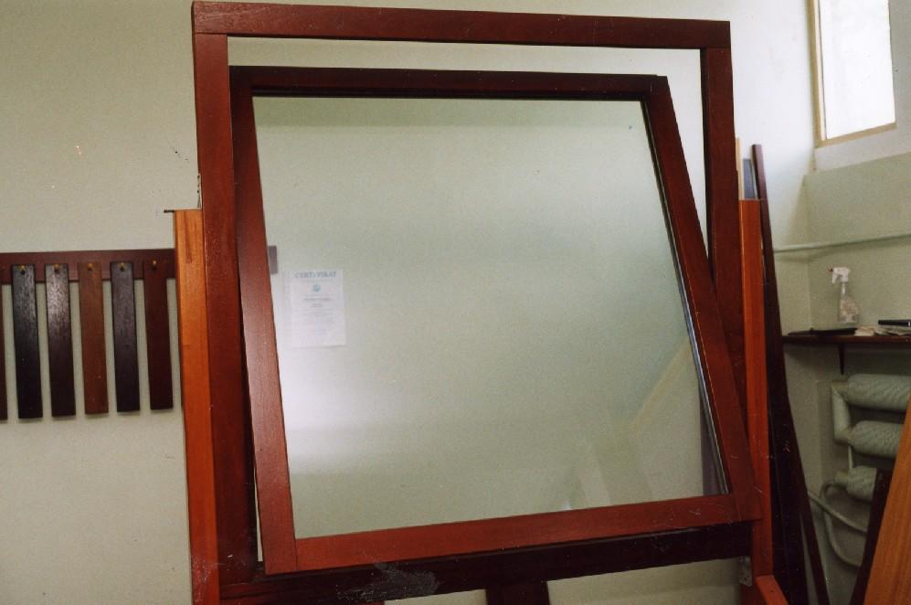 Okna i parapety drewniane
