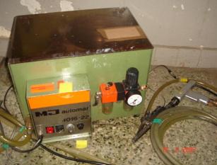 Automatyczna wkrętarka śrub, wkrętów z podajnikiem