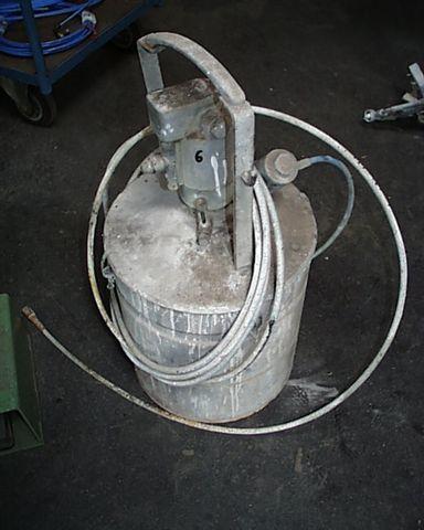Urządzenie natryskowe-zbiornik ciśnieniowy!!!!