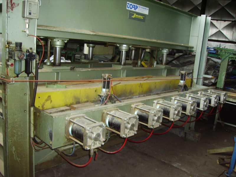 Prasa półkowa JOSS 300 x 135 ze ściskiem bocznym