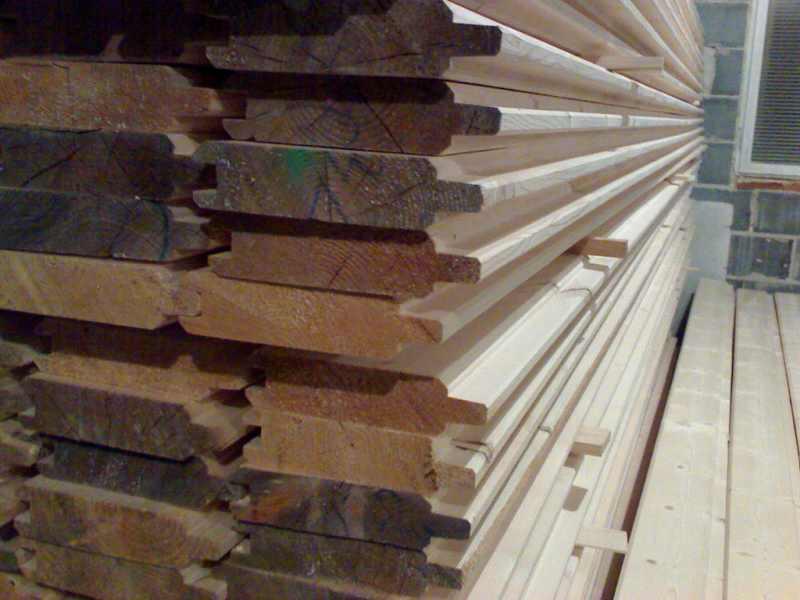 Bal świerkowy do budowy domów