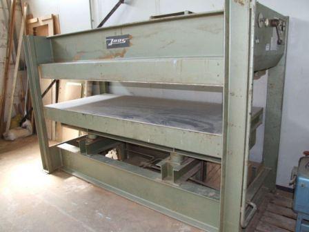 PRASA hydrauliczna półkowa JOOS 2500 x 1100mm
