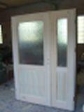 Wykonujemy drzwi drewniane na zamowienie.