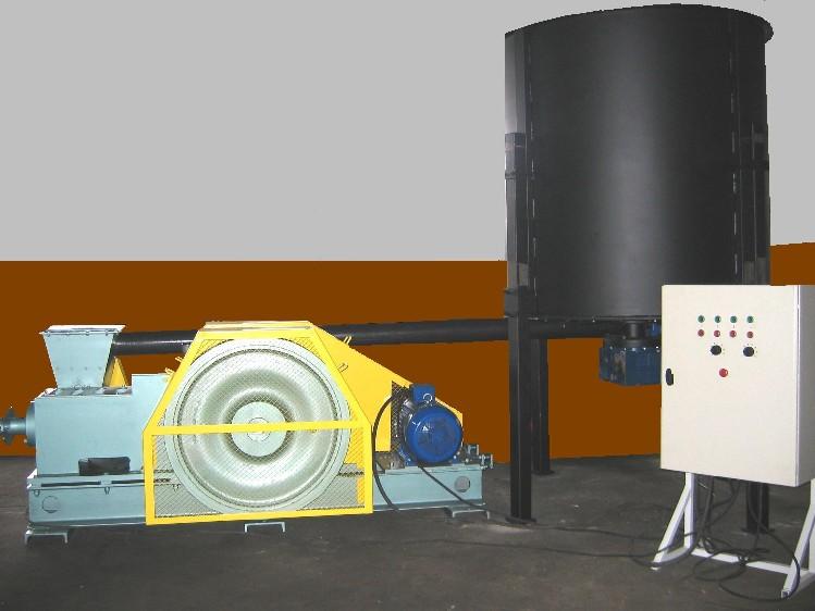 BRYKIECIARKA BT-60 - TORUŃSKIE LINIE - Producent