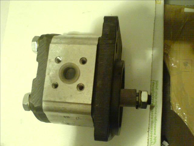 Pompy, wkłady pomp, hydraulika siłowa, pneumatyka.