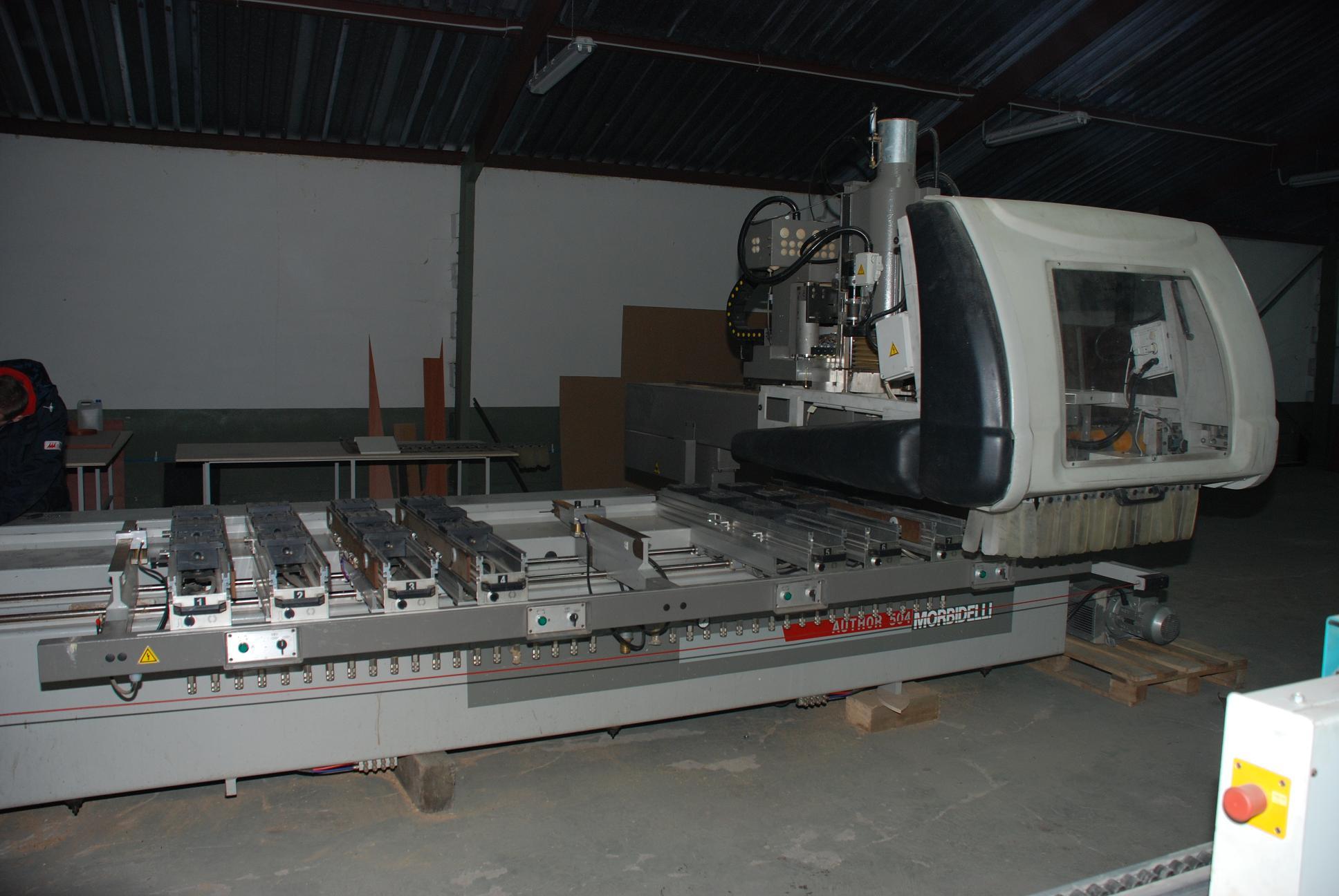 UŻYWANE CENTRA OBRÓBCZE CNC Morbidelli AUTOR 504