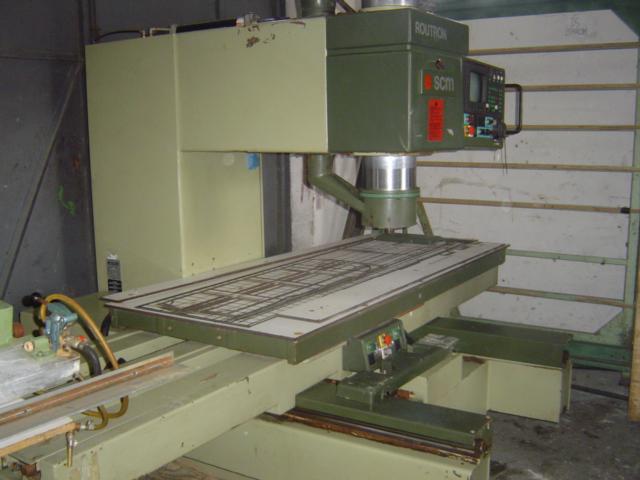 Frezarko-Kopiarka górnowrzecionowa SCM CNC ROUTRON