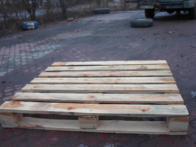 palety drewniane lub ich elementy