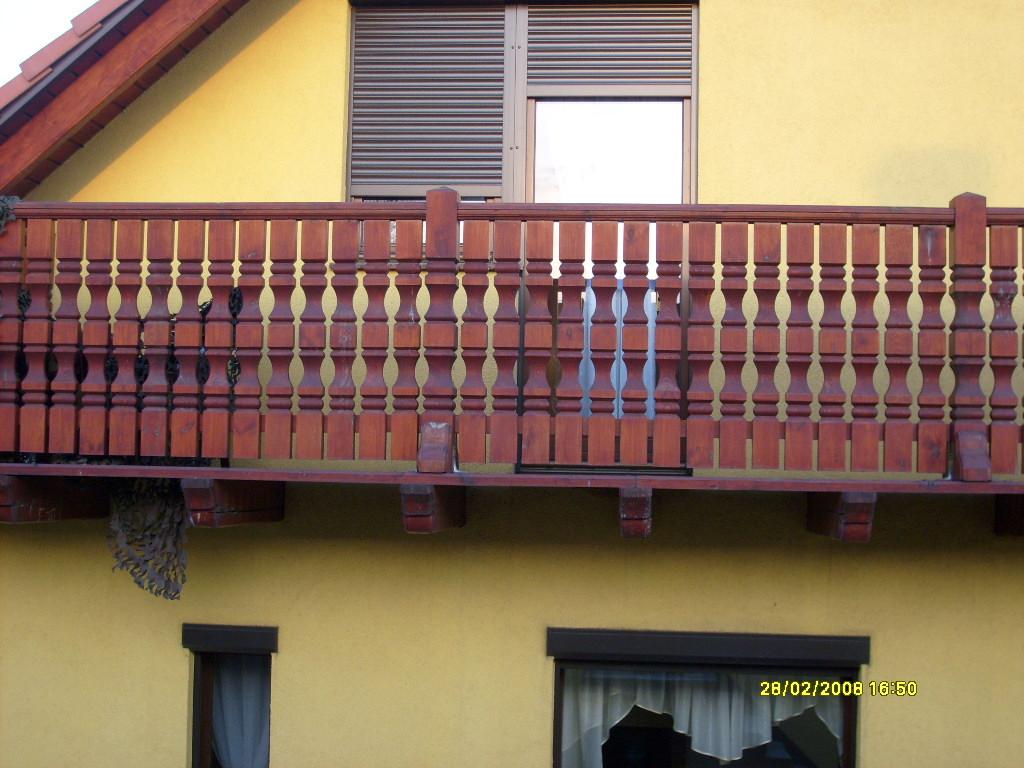 Tralki balkonowe.