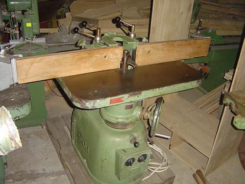 107 Frezarka stołowa Bauerle