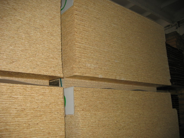 OSB/drewno konstrukcyjne,bale obustronne