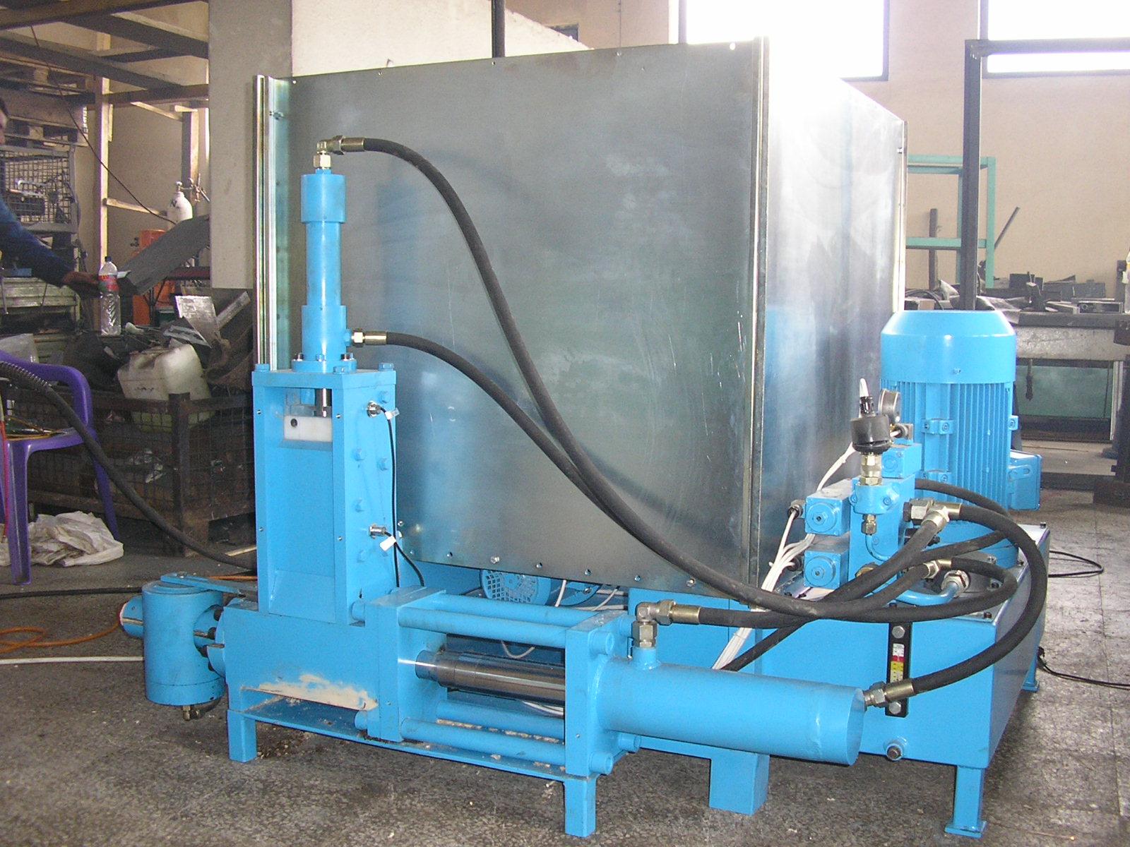 Maszyna do produkcji brykietu z trocin