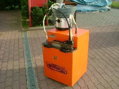 Maszyna do nakladania kleju