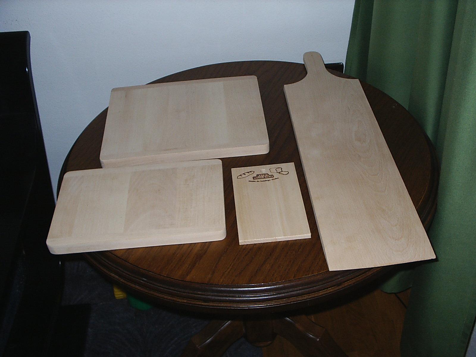 wykonam elementy z drewna bukowego