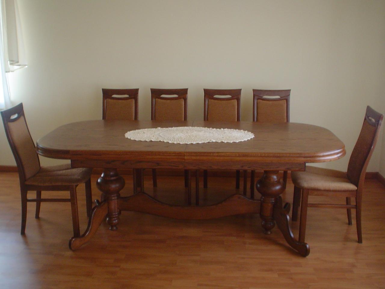 stoły dębowe ciężkie