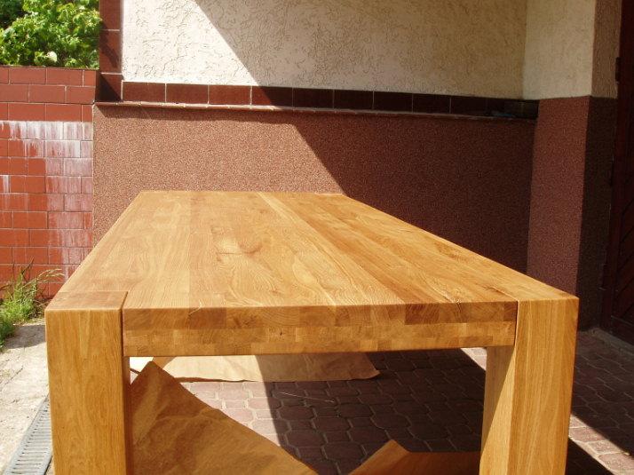 stoły okazjonalne