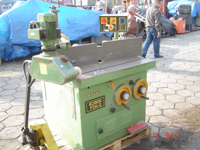 Frezarka FDW-2 z posuwem rolkowym
