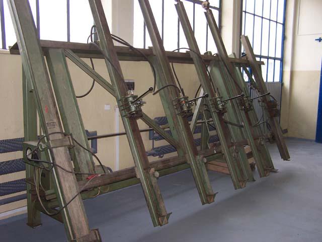 Prasa hydrauliczny pionowa firmy MAWEG