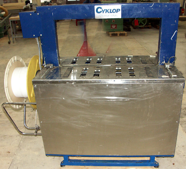 Wiązarka (pakowarka) CYKLOP model RQ-8A