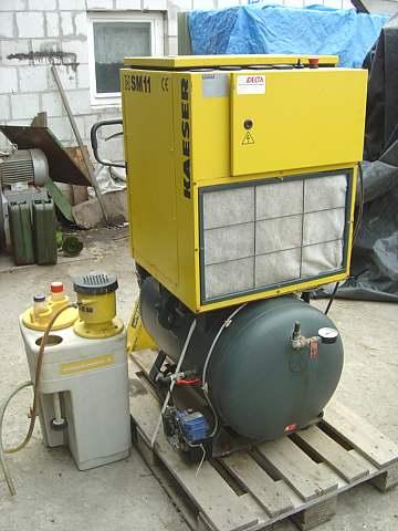 #187 Kompresor śrubowy KAESER z separatorem konden